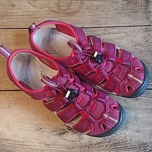 Keen Clearwater CNX sport sandals Anemone/Acacia